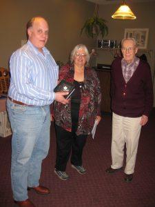 George DeKornfeld receiving the ESPHS Award from Ada Prill and Al Parsons at ROPEX 2011